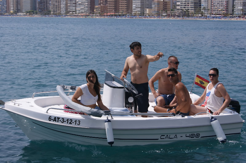 boats for hire in benidorm